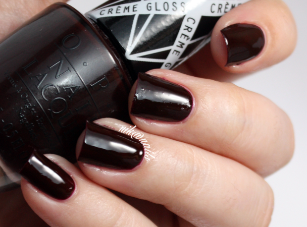 OPI I Sing in Color Swatch